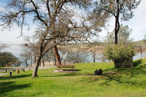 Riverview Campground, South Shore, Lake Camanche, CA