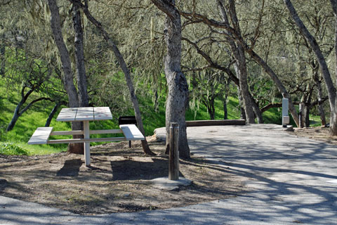 Rocky Canyon Campground, Lake Nacimiento, CA