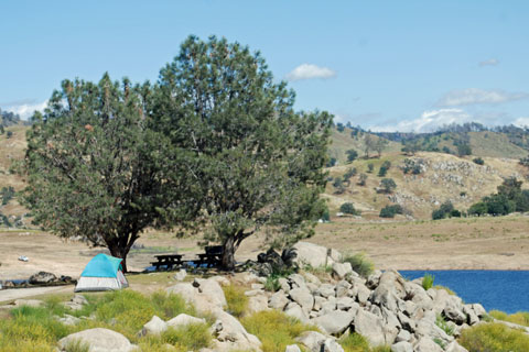 Fort Miller campground, Millerton Lake, CA