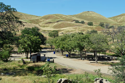 Group campground, Millerton Lake, CA