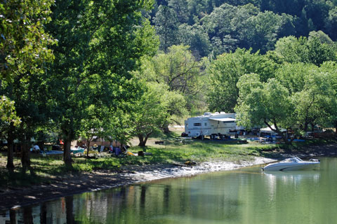 Greenhorn Campground, Rollins Lake,  Northern California campgrounds