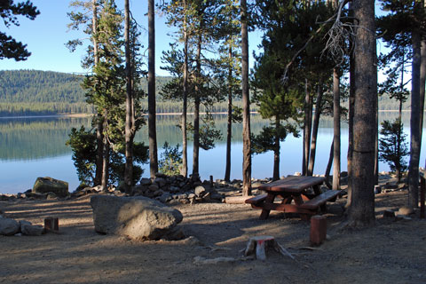 Hemlock Campground at Medicine Lake